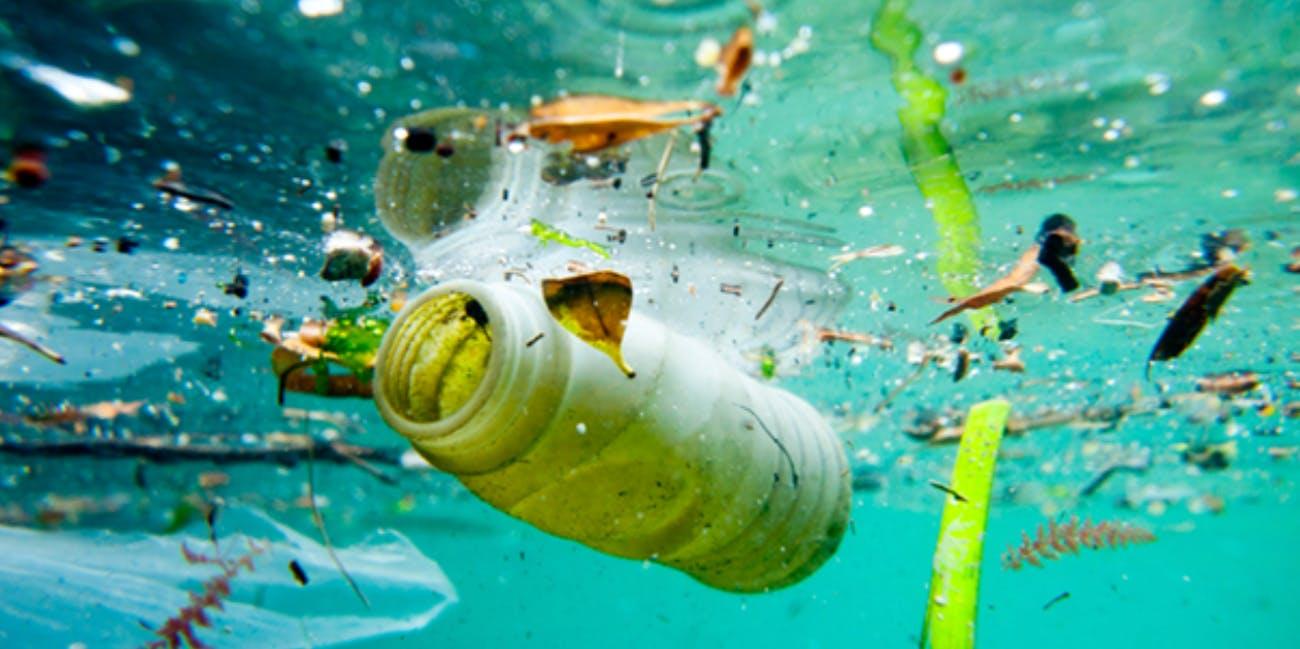 Plastic_inwater